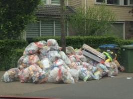 Plastic afval Oikos